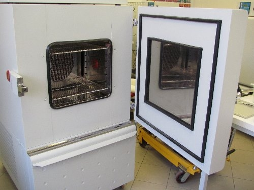 Calibration Chamber with open door